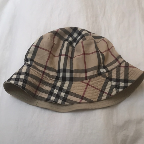 e52e77f70b9 Burberry Accessories - Burberry London cotton bucket hat plaid reversible